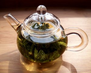 maintea-steeping_flickr-agirlwithtea